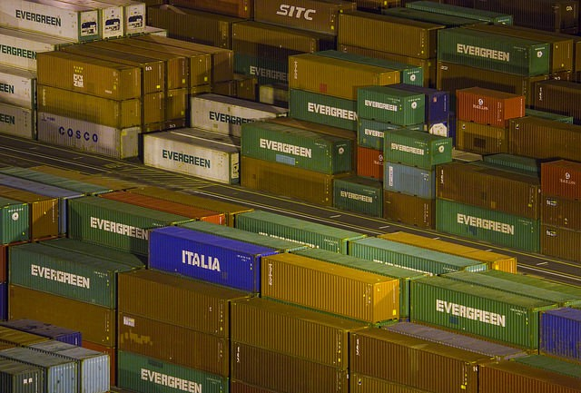 2016 Brief Outlook for Freight Industry and Containerized Imports from Asia