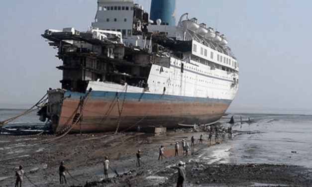 An Overview of Container Ship Recycling
