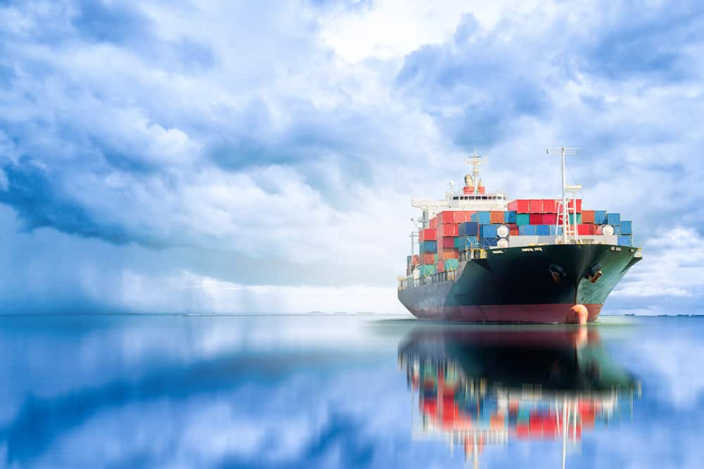 Will Technology Take Over The Shipping Industry and Replace the Human Element in the Near Future?
