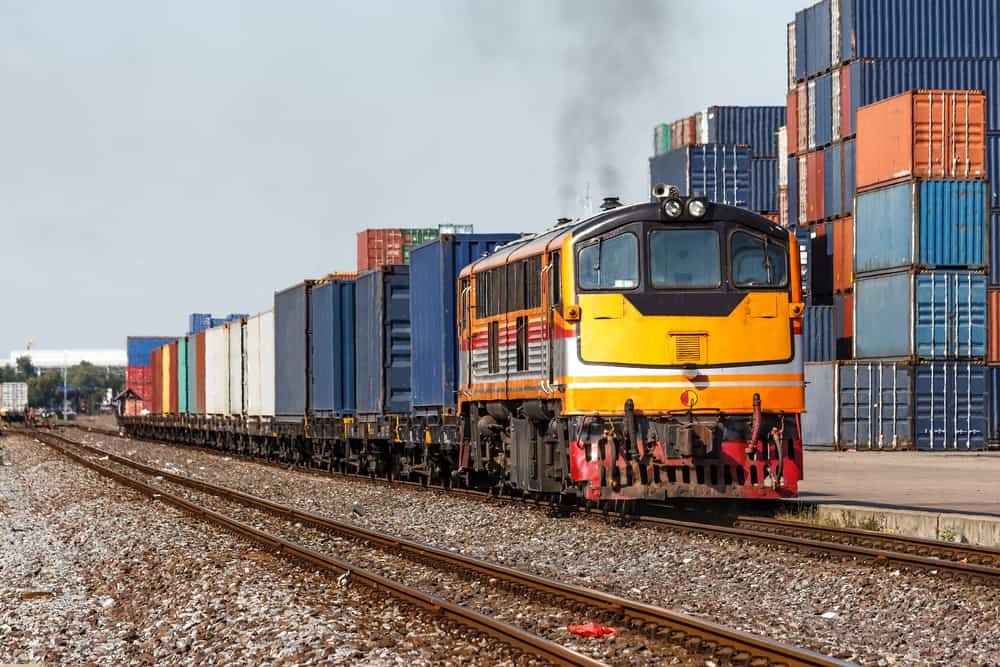 An Overview of Railroads in Logistics and Transportation