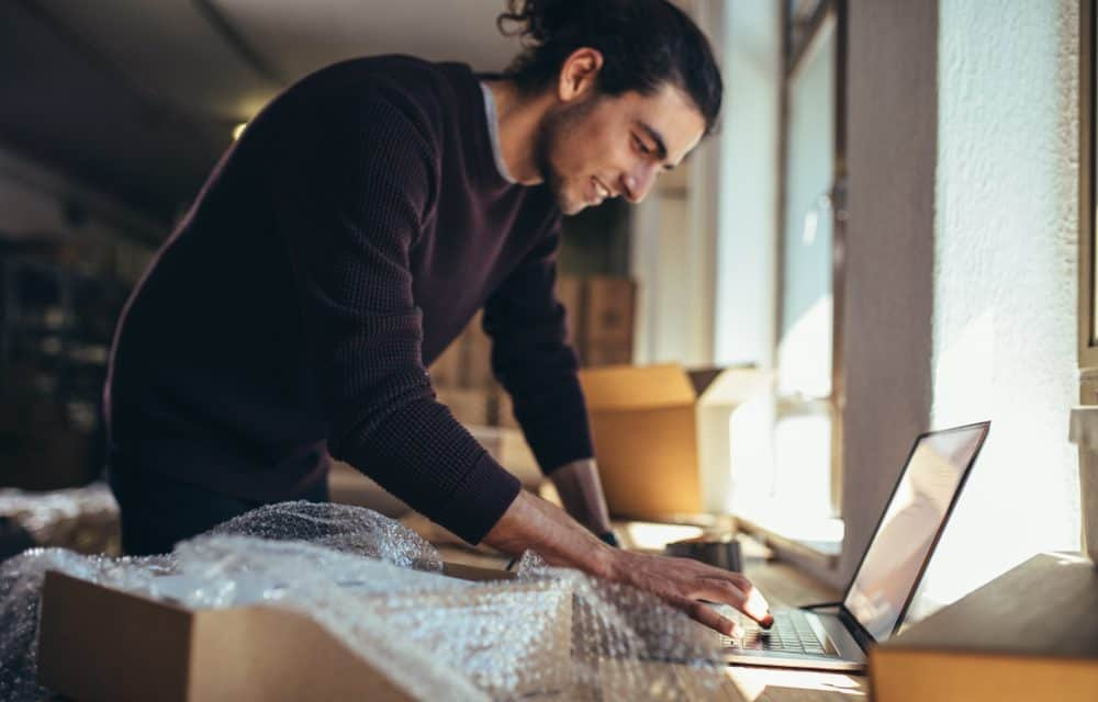 What are the Pros and Cons of Having a Dropshipping Business While at Home?
